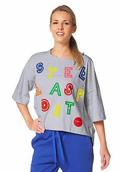 bbf01be105 adidas Performance STELLASPORT GRAPHIC TEE T-Shirt im Universal Online Shop  Mintás Pólók, Stella