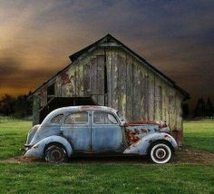 Peeling paint and rusty metal♥