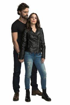 Valentina/Miguel Señorita Polvora. Ivan Sanchez, Face M, Handsome, Leather Jacket, Pants, Jackets, Fashion, Novels, Pictures