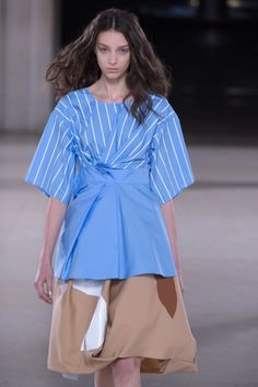 Lots of volume play was seen on the @SaundersStudio #LFW #SS15 runway yesterday.
