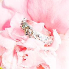 14k White  Gold Lady's Band  with Hand Carved Rose Pattern.