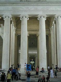 E...  @ Jefferson Memorial