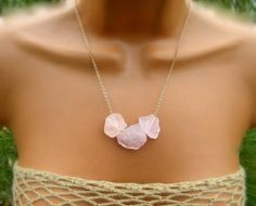 This Raw Pink Rose Quartz Necklace Raw Stone Necklace: Crystals, Pink Roses, Rose Quartz, is the perfect accessory for an outdoor festival- AriaToulouse