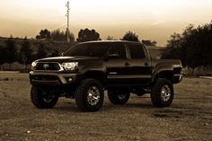 """2012 Toyota Tacoma TRD OFF-ROAD LIFTED 6"""""""