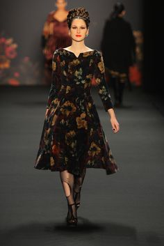 Lena Hoschek | Fall 2013 Ready-to-Wear Collection | Style.com