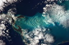 Awesome space blog by Commander Chris Hadfield on the space station