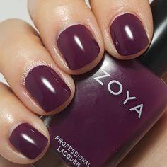 Zoya Urban Grunge Once Coat Creams - Tara | Kat Stays Polished @zoyanailpolish #urbangrunge