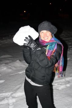 06d0d14d4f4 This free Winter Packing List will make sure you stay warm on your next  adventure! This winter vacation packing checklist has everything from  beanies to ...