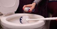 El baño es una de las principales y primordiales instalaciones del hogar que debe mantenerse completamente limpio y con un aroma agradable, pues es el sitio donde se realizan todos los desechos y se almacenan la mayoría de los malos olores. Ahora bien, sabemos que puede ser un poco difícil eliminar cualquier olor desagradable que ...