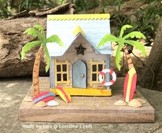Lorraine's Loft: Tim Holtz Village Surf Shack variation on the Sizzix Village Dwelling dies Sea Crafts, Craft Stick Crafts, Crafts For Kids, Paper Crafts, Craft Ideas, 3d Paper, Paper Toys, Surf Shack, Putz Houses