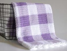 Purple Gingham Crochet Blanket by Daisy Farm Crafts, free pattern, #haken, gratis patroon (Engels) en tutorial, baby, deken, blokken, #haakpatroon