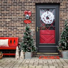 3 Ways to Decorate your Winter Porch