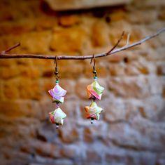 Une paire de boucles d'oreilles originales en origami : Boucles d'oreille par fl-origami