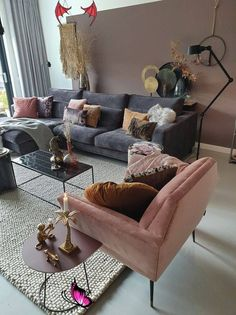 How To Decorate A Grey and Blush Pink Living Room | Decoholic -  How To Decorate A Grey and Blush Pink Living Room  - #blush #decoholic #decorate #grey #living #LivingRoomDesigns #ModernHouseDesign #ModernInteriorDesign #pink #Room<br> Blush Pink Living Room, Living Room Grey, Cozy Living, Living Room Interior, Pink Room, Small Living, Living Room No Coffee Table, Charcoal Sofa Living Room, Romantic Living Room