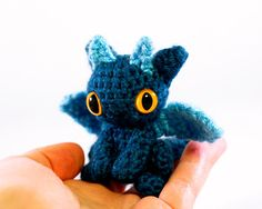 Geeky Cute Crochet Blog: Tiny Dragon Amigurumi  How cute are these?
