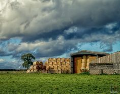 https://flic.kr/p/PrbDHv   Storing the Hay   Leicestershire Views