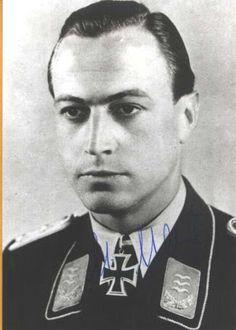 Luftwaffe Officer ✠ Hellmuth Hauser (24 February 1916 – 5 September 2004)
