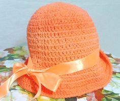 Lindos chapéus de crochê em laranja degrade, nos tamanhos P M G    EXCLUSIVIDADE MIMOS DE SILVINHA R$ 78,00