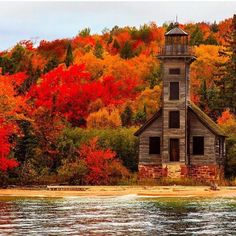 Old Lighthouse In Upper Peninsula, Grand Island- Lake Superior, Michigan. Photo by Ajay Thakur- Vansh Visuals Fall Pictures, Fall Photos, Grand Island, Island 2, Autumn Scenes, Destination Voyage, All Nature, House Nature, Autumn Photography