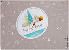 Coffret Exotique Noël - Blancrème - Les Mousquetettes©  #blancreme #coffretnoel #blogbeaute #beautyblog #beaute #soincorps #bougie #bain #crememainsetongles