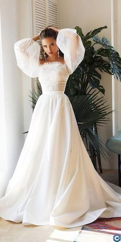 Trendy Wedding Dresses For Contemporary Bride ?trendy wedding dresses simple a line with sleeves straight neckline alex veil : Trendy Wedding Dresses For Contemporary Bride ?trendy wedding dresses simple a line with sleeves straight neckline alex veil Top Wedding Dresses, Wedding Dress Trends, Bridal Dresses, Wedding Gowns, Lace Wedding, Wedding Cakes, Wedding Rings, Wedding Ideas, Fall Dresses