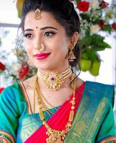 Jewerly Indian Traditional Uncut Diamond Ideas For 2019 Marathi Bride, Marathi Nath, Indian Nose Ring, Nauvari Saree, Indian Bridal Makeup, Nose Jewelry, South Indian Bride, Gold Jewellery Design, Indian Beauty Saree