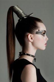 #Referência Figurino# cabelo pra cima