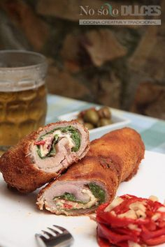 Mi receta de flamenquines ibéricos, con filetes de cerdo ibérico, jamón, pimientos y queso. Reinventando lo tradicional.