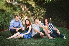 Sibling+Photography+Poses   adult sibling pose photography   Photo Inspiration