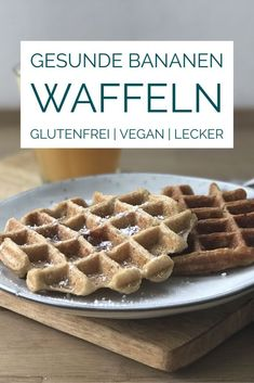 Healthy oatmeal waffles with banana, healthy breakfast! - Healthy oatmeal waffles with banana, healthy breakfast! – Healthy oatmeal waffles with banana, healthy breakfast! Healthy Work Snacks, Healthy Sweets, Healthy Milk, Healthy Hair, Oatmeal Waffles, Afternoon Snacks, Gourmet Recipes, Healthy Recipes, Snacks Recipes