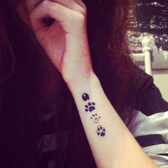 So I got me a tattoo today of the marauders paw prints (hazza p)... Eventful times. ⚡️