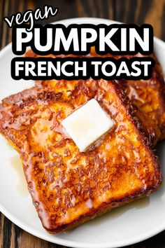 So cozy, moist, and sweet, this vegan Pumpkin French Toast is flexible and easy to make gluten free. One secret ingredient ensures each pumpkin pie-flavored slice turns out soft and creamy on the inside and crispy and warming on the outside. Vegan Brunch Recipes, Dairy Free Recipes, Gluten Free, Vegetarian Recipes, Pumpkin French Toast, Vegan French Toast, Pumpkin Waffles, Pumpkin Scones, French Toast Batter