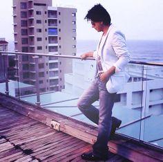 Shah Rukh Khan at Mannat