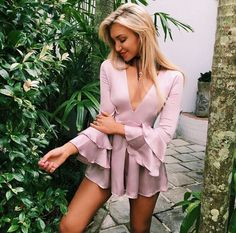 A selection of 55 summer outfits to choose from and wear everyday. Style Outfits, Mode Outfits, Fashion Outfits, Womens Fashion, Party Outfits, Dress Fashion, Textiles Y Moda, Raincoats For Women, Mode Style