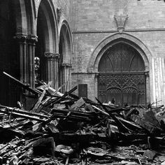 Collapse at St Mary's Church in 1894, Shrewsbury, Shropshire