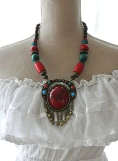 Vintage necklace, bohemian beaded necklace, hippie chic vintage jewelry, boho chic jewelry, vintage 70's necklace, True rebel clothing on Etsy, $43.57 AUD
