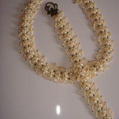Parure necklace tour de cou et bracelet teinte beige