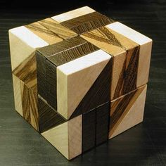 THE 8 ARROWS CUBE PUZZLE