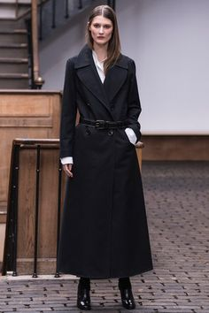 Christophe Lemaire Fall 2013 Ready-to-Wear Collection Slideshow on Style.com