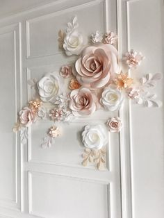 Paper Flower Backdrop for your wedding? Yes, please! Your guests would be definitely in awe by this soft-hued paper flower arrangement that works perfectly well as a background installment, bringing a romantic and elegant feel all at once! With such floral set up ( especially in your custom colors) you would be able to achieve a dreamy result! This paper flower set of 21 Unique Large Paper Flowers + 14 paper leaves will cover around 71w X 60h //180cm:150cm space It includes: •5&#x2...
