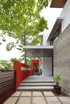 The Long House / Khosla Associates - #contemporary #home in India
