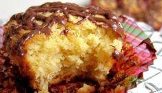 Κεκάκια με ινδοκάρυδο χωρίς αλεύρι που μας εχουν τρελάνει!Μια πανεύκολη συνταγή για πεντανόστιμα κεκάκια με το υπέροχο άρωμα και γεύση του ινδοκάρυδου χωρ Greek Sweets, Greek Desserts, Candy Recipes, Sweet Recipes, Cookbook Recipes, Cooking Recipes, Cooking Tips, Coconut Macaroons, Mini Cakes