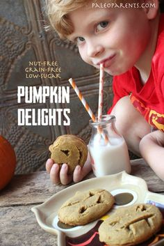 Pumpkin Delights Cookies via Stone of Paleo Parents. Cannot wait to make these. Nut free version on here too, which makes them friendly at our nut free school. Gluten Free Sweets, Paleo Sweets, Paleo Dessert, Paleo Recipes, Real Food Recipes, Yummy Food, Pumpkin Recipes, Yummy Yummy, Yummy Treats
