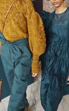 Get inspired and discover Ulla Johnson trunkshow! Shop the latest Ulla Johnson collection at Moda Operandi. High Fashion, Winter Fashion, Womens Fashion, Fashion Details, Fashion Design, Fashion Trends, Knitwear Fashion, Inspiration Mode, Ulla Johnson