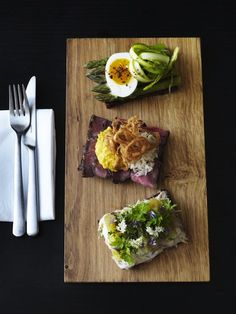 "Copenhagen eco lunch at Aamann's Deli - ""Great Smørrebrød lunch spot near National Gallery""."