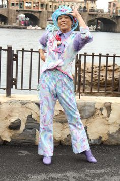 「イースターファッショ...」記事の画像 Disney Cast, Tokyo Disney Sea, It Cast, Jumpsuit, Dresses, Style, Fashion, Carnivals, Guys