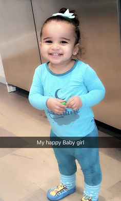 Lifes a Dream: Blac shared a sweet snap of baby girl Dream, 16 months, who she shares wit. Cute Little Baby, Cute Baby Girl, Cute Babies, Baby Kids, Kardashian Jenner, Dream Kardashian Baby, Kardashian Fashion, Kardashian Style, Amor