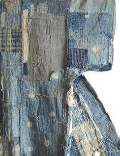 rhubarbinthegarden:    Detail: An Indigo Dyed Boro Yogi, or Kimono-Shaped Duvet by Sri Threads on Flickr.