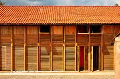 Built with a diverse group from a small Kikuyu community in the rapidly developing agricultural outskirts of Nakuru, Kenya, humanitarian design organisation, Orkidstudio, have completed a new home which will house local disadvantaged and abandoned chil...