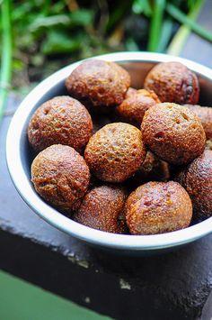 Neyyappam Recipe - Nei Appam Recipe step by step, Easy Diwali Sweets
